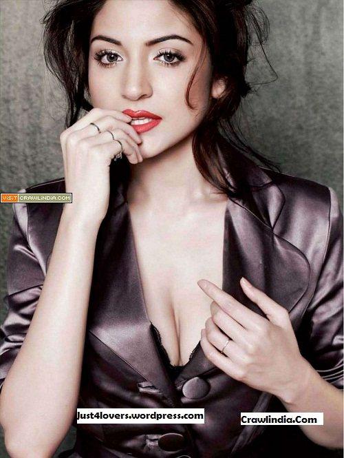 Anushka-Sharma-looks-sizzling-hot-on-Maxim-July-cover
